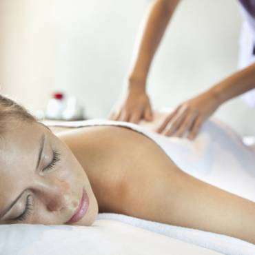 MASSAGE TREATMENT FOR REST & RELAXATION